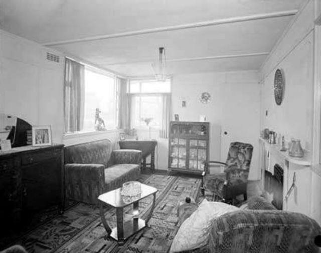 1947 living room