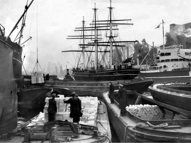 Cutty Sark being towed to Millwall Dry Dock, c1950 26036747416