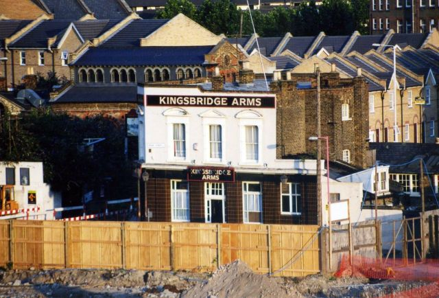 kingsbridge-arms-2000 14879016620