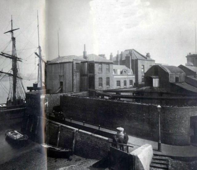 billingsgate dock