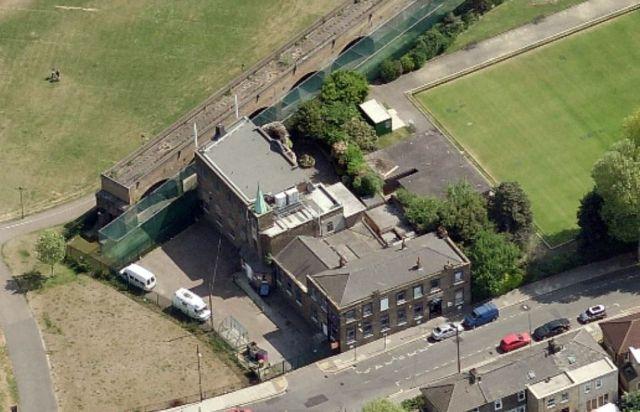 Dockland Settlement 15388274744