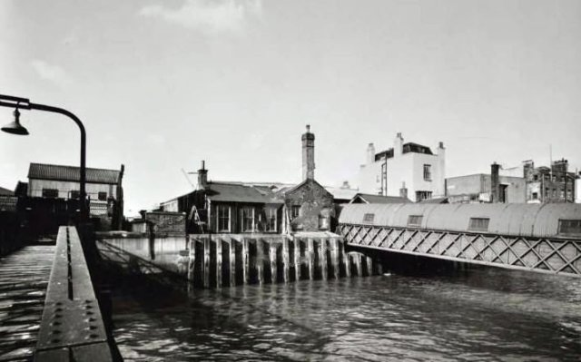 1969-cold-harbour 14876468529