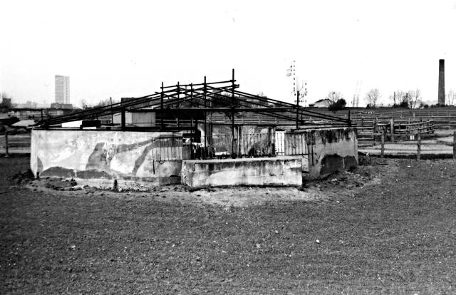 Anti-Aircraft Installation, Mudchute, Isle of Dogs 14885590898