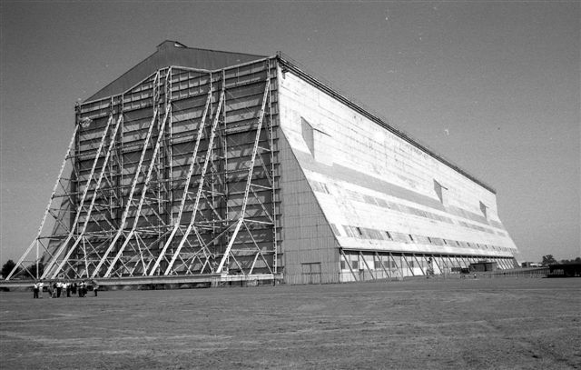 cardington_shed_bw