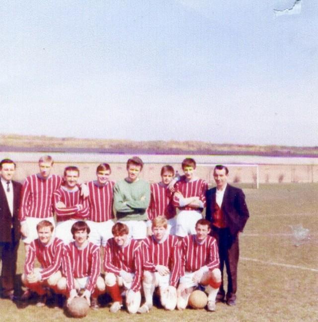 1966 Millwall Park. Star of the East football team, 1966 15040703318